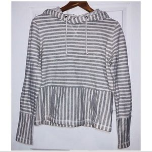 J CREW FACTORY SWEATER SIZE SMALL